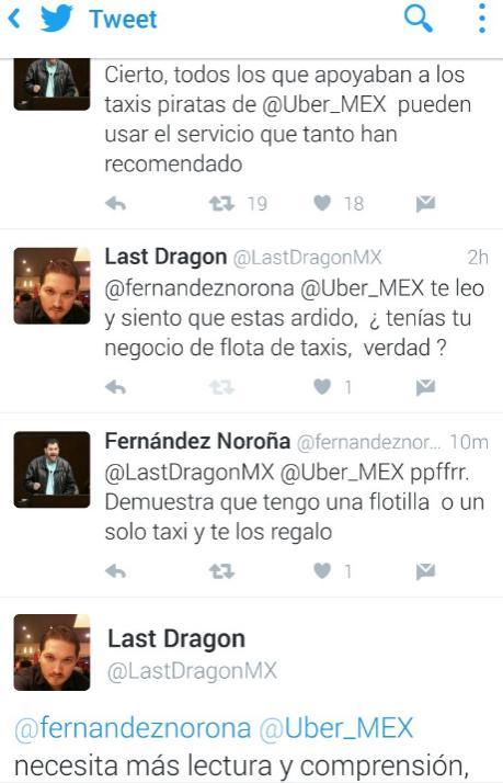 Fernando Noroña huyendo del debate.